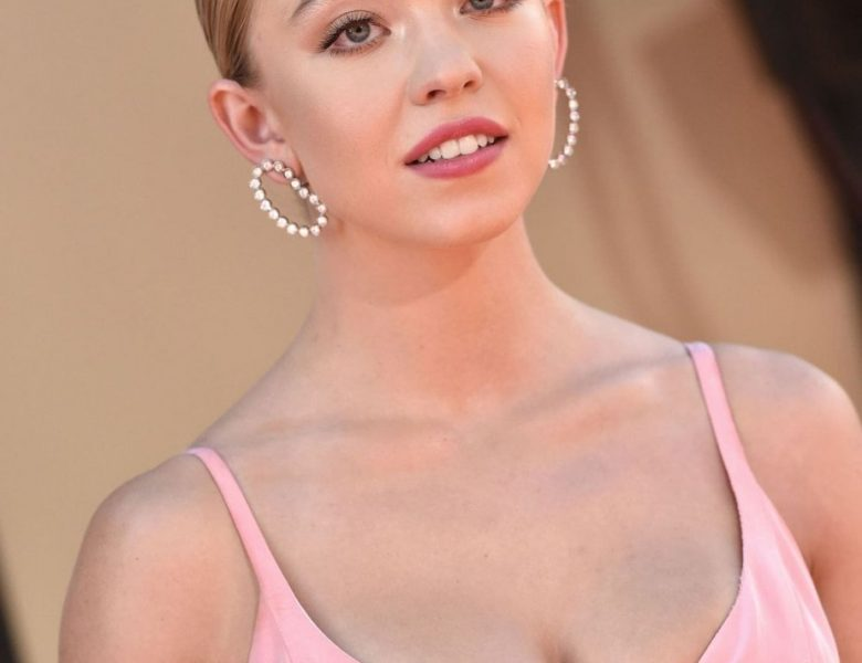 Sweet Blonde Sydney Sweeney Showing Her Big Boobs at a Premiere