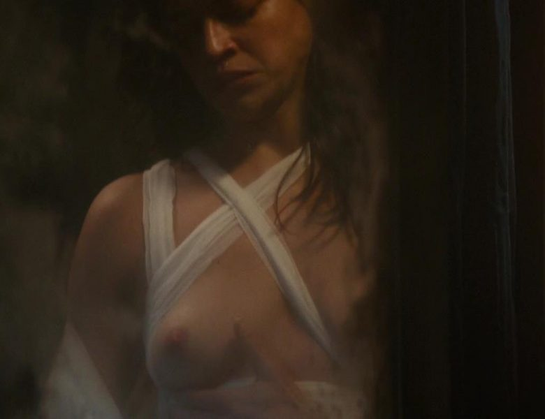 Michelle Rodriguez Shows Her Tits and Bush in That Dumb Movie
