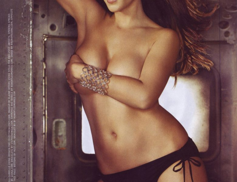 Secret Exhibitionist Leanne Tweeden Talks About Being Naked All the Time