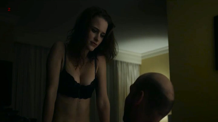 Slim Actress Rachel Brosnahan Looks Phenomenal in Black Lingerie