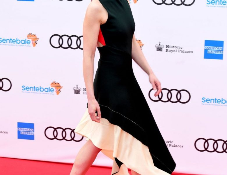 Actress Rosamund Pike is Ready to Impress in a Green Dress