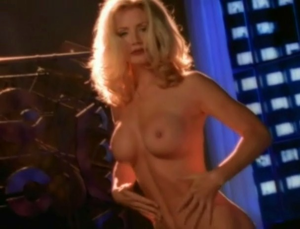 Nude Shannon Tweed Showing Her Body in an Outrageous Photoshoot