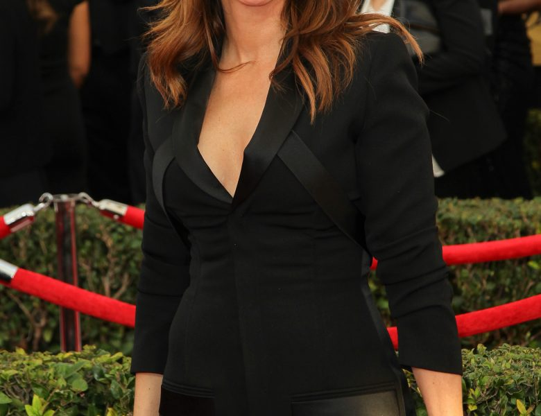 Bodacious Beauty Julia Roberts Wants to Tease You with Her Tits