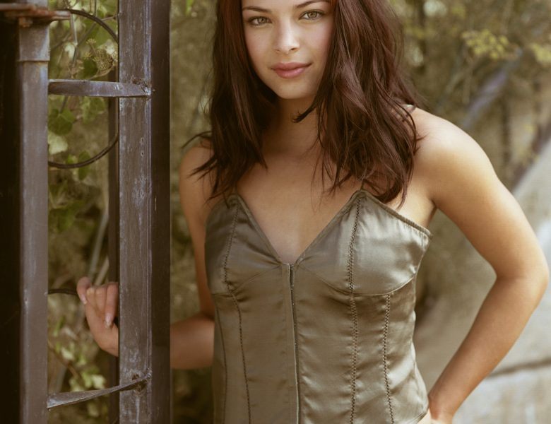 A Bunch of Sexy Kristin Kreuk Pictures to Help You Bask in Nostalgia