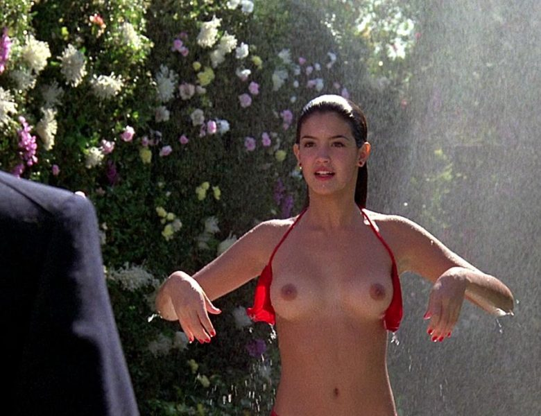 Phoebe Cates and Other Hotties Showing Their Nude Bodies in HQ