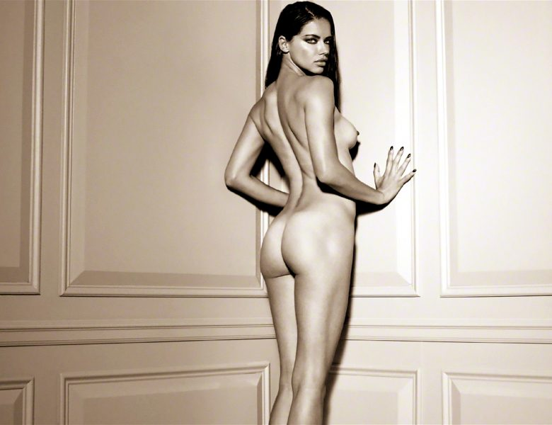 Unforgettable Adriana Lima Strips Naked to Show Her Awesome Body in HQ