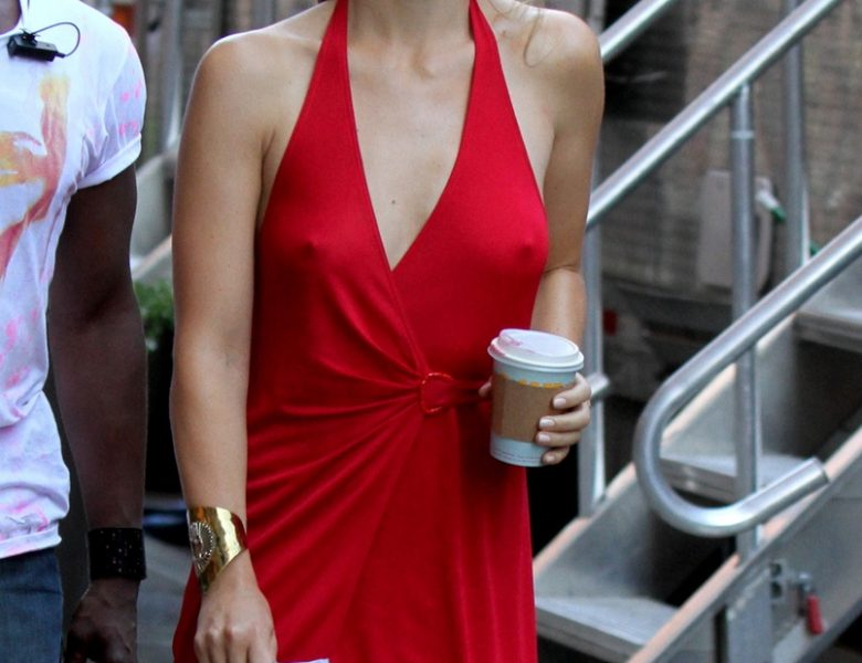 Nippy Beauty Olivia Wilde Proudly Showing Her Pokies in a Sexy Red Dress