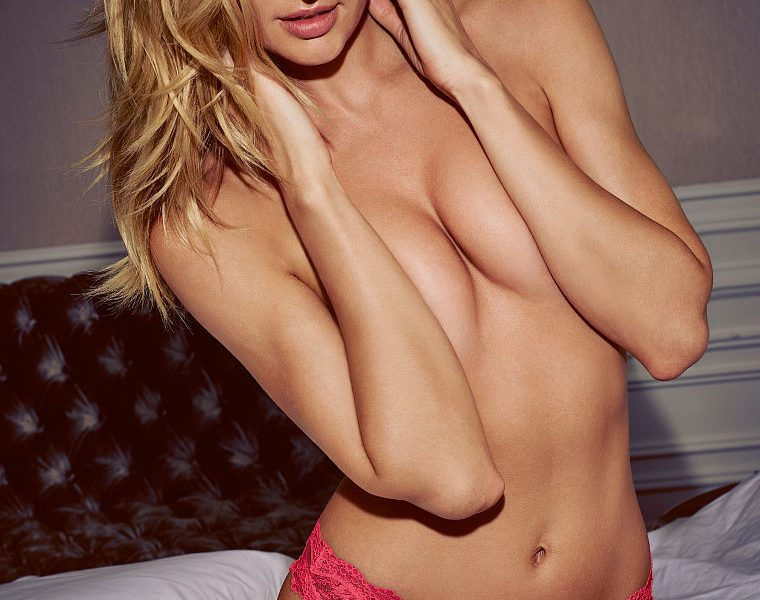 Blonde Vixen Candice Swanepoel Shows Her body in Sexy Lingerie (Again)