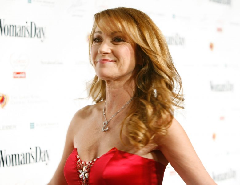 Sexy Mature Celebrity Jane Seymour Showing Her Gorgeous GILF Cleavage