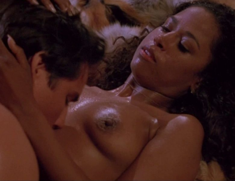 Stacey Dash Topless Screencaps from a Very Steamy Sex Scene