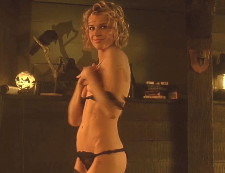 Assemblage of the Most Revealing Rebecca Romijn Naked Scenes in HQ