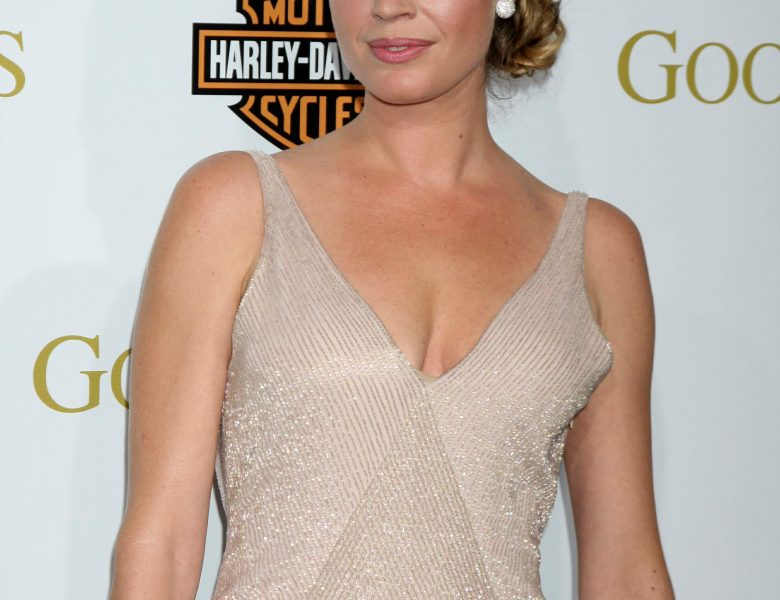 Graceful Seductress Rebecca Romijn Subtly Teasing with Her Large Breasts