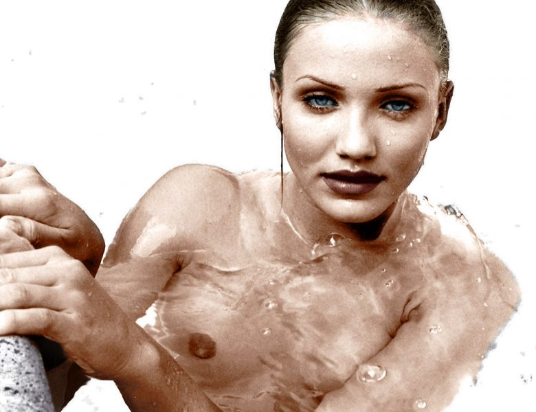 Young Cameron Diaz Showing Her Nude Boobs in a Legendary Photoshoot