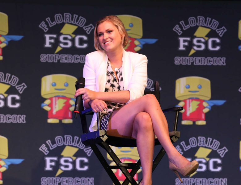 Flawless Blondie Eliza Taylor Tempting Everyone with Her Sexy Legs