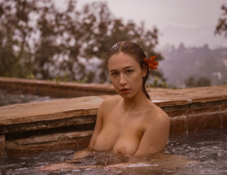 Wet-Assed Elsie Hewitt Lounging by the Swimming Pool in High Quality
