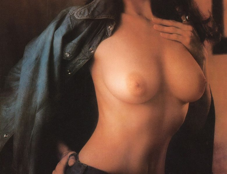 Flawless Brunette Lynda Carter Shows Her Massive Knockers for the Camera